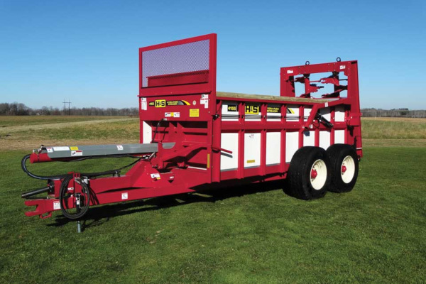 H&S | Manure Spreaders | Hydraulic Push Manure Spreaders for sale at Hines Equipment, A full-service equipment dealer in Central Pennsylvania.