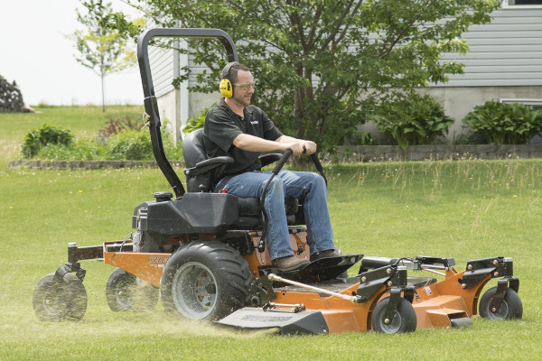 Woods | Zero Turn Mowers | Model FZ22K for sale at Hines Equipment, A full-service equipment dealer in Central Pennsylvania.